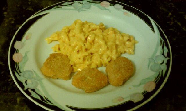 Mac-n-Cheese, Nuggets...Dinner is served. 